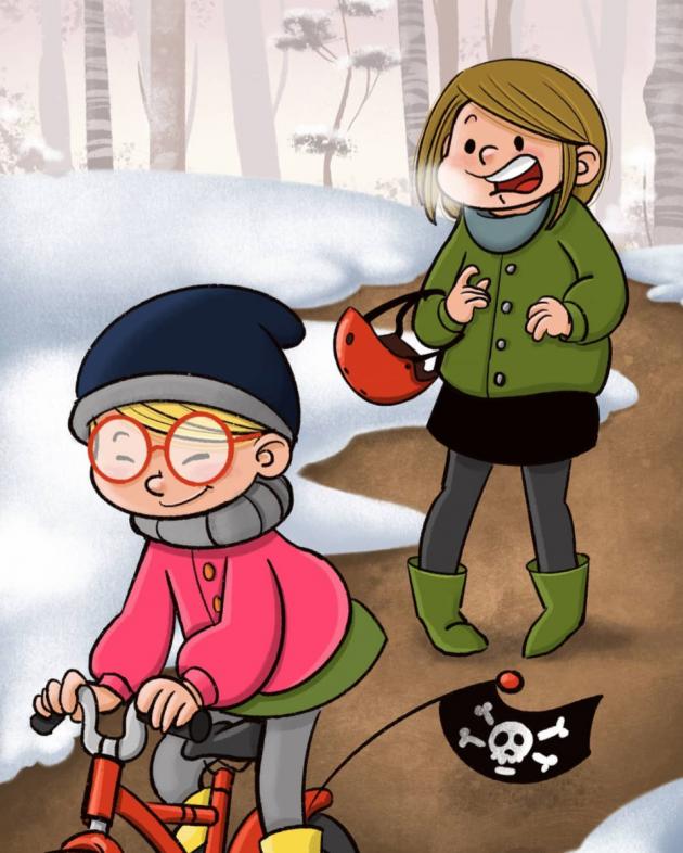 Frau mit grüner Jacke und rotem Helm über dem Arm. Kleines Mädchen mit roter Brille fährt vor ihr auf dem Fahrrad.